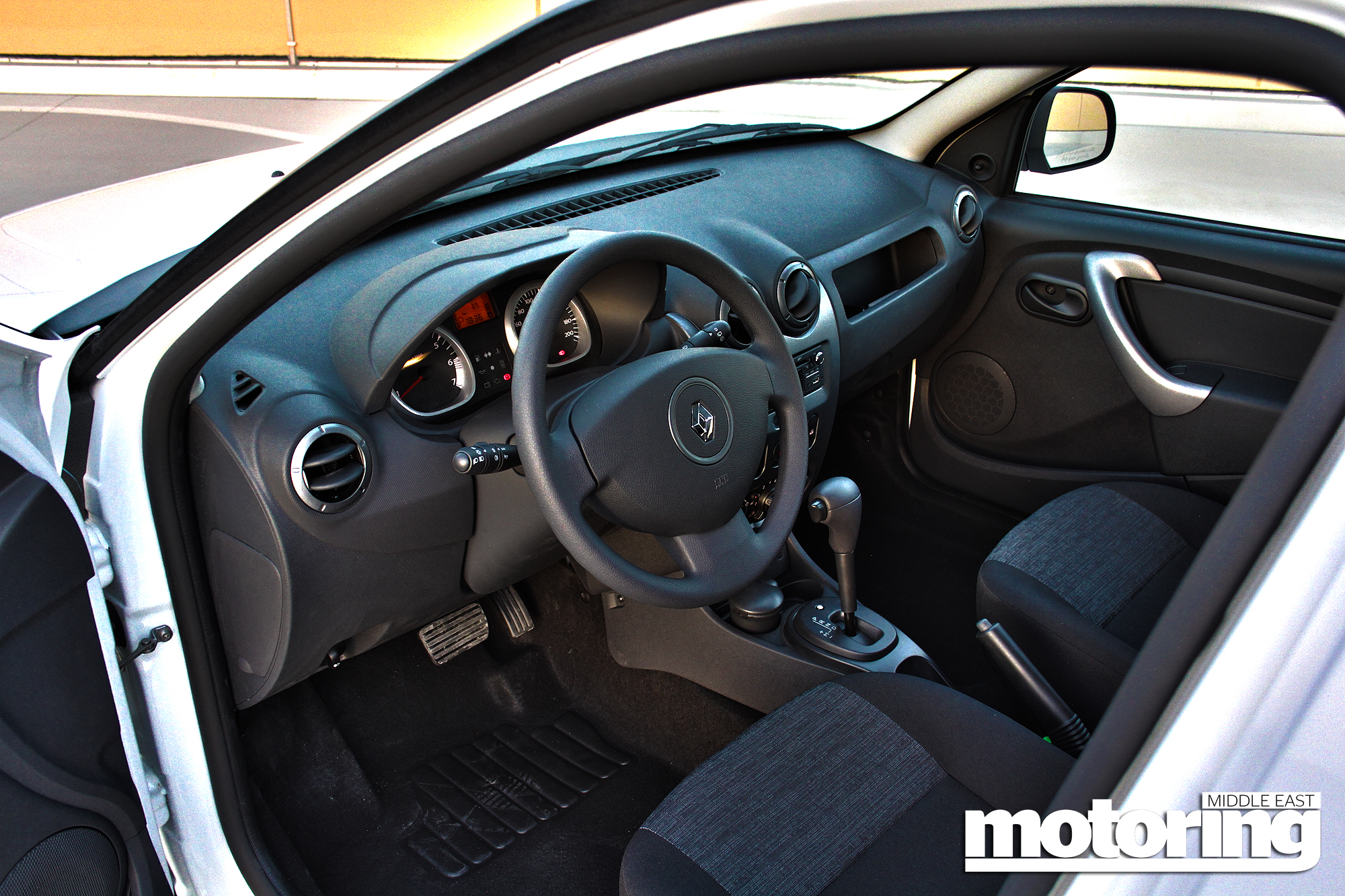 Renault Duster Automatic 2014 Interior