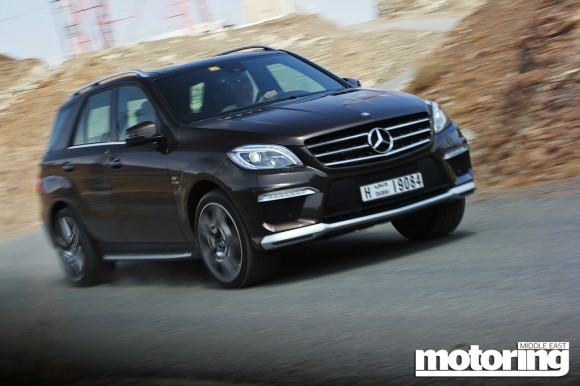 2012 Mercedes ML 63 AMG vs Jeep GC SRT8