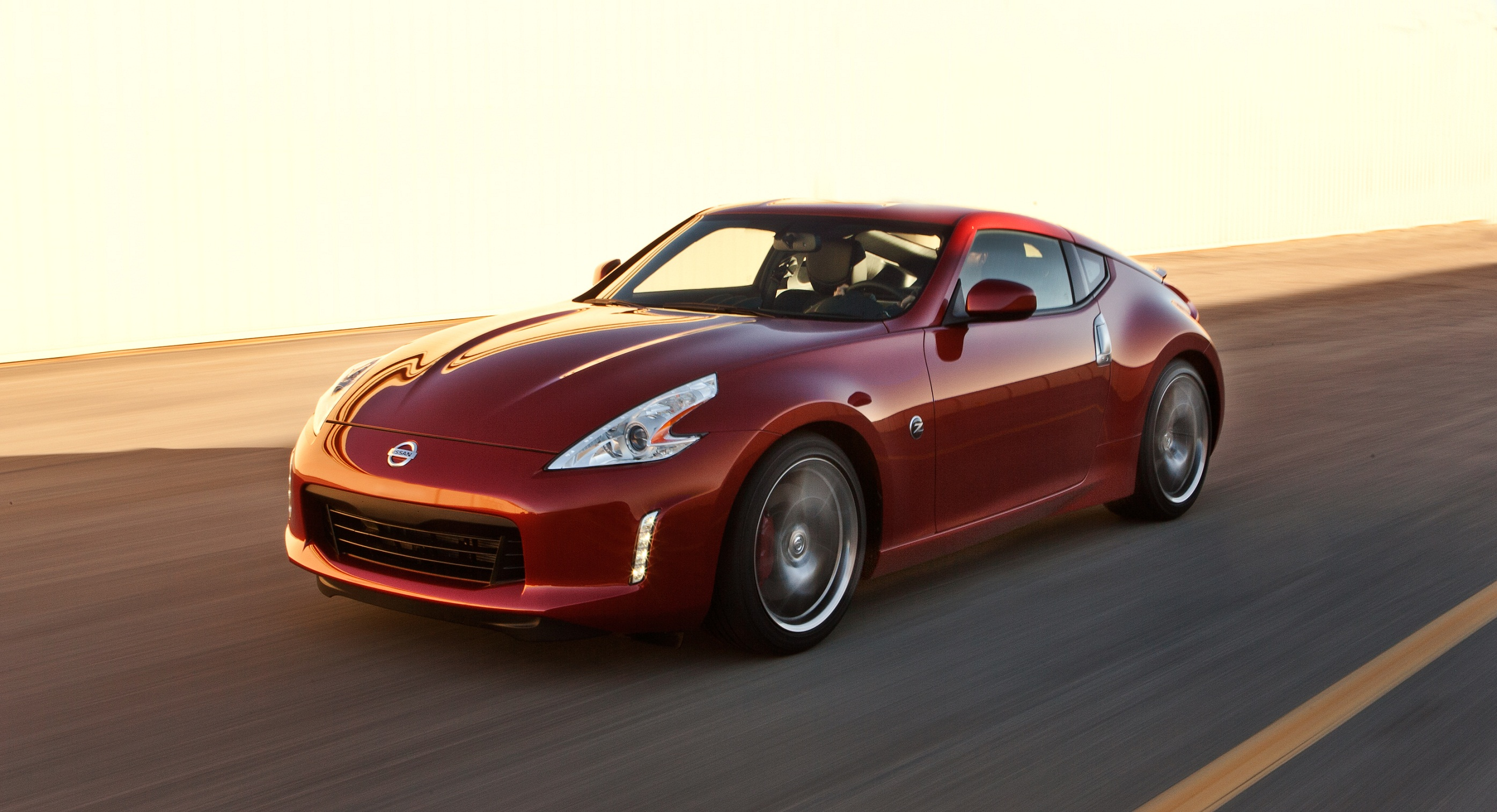 nissan slashes the price of 370z by 30 motoring middle east car news reviews and buying. Black Bedroom Furniture Sets. Home Design Ideas