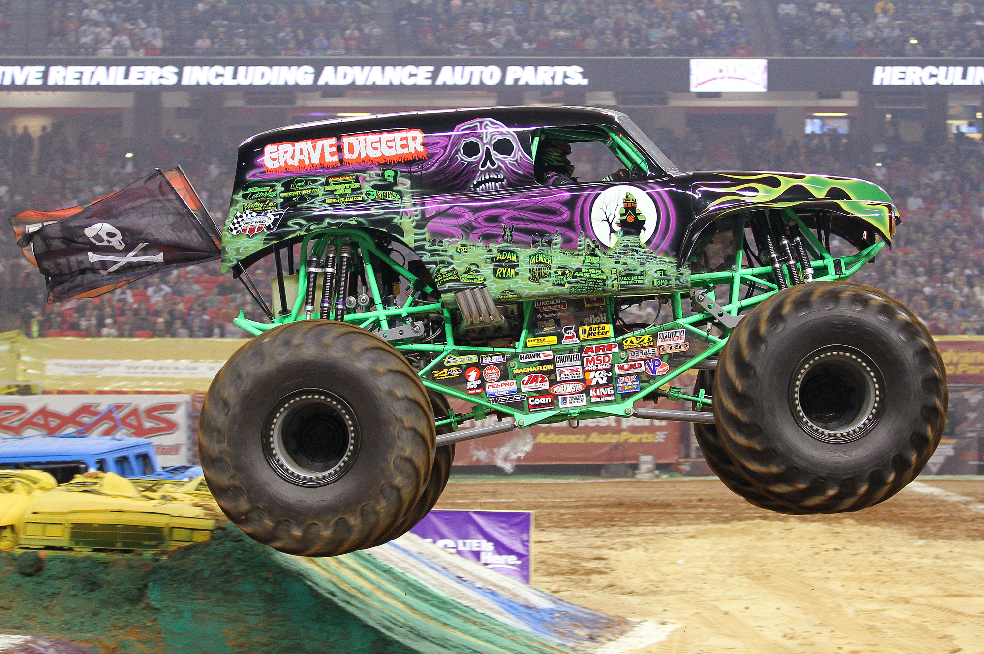 Monster Trucks Hit Uae This Weekend Video Motoring Middle East