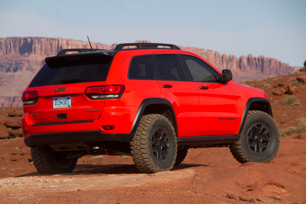 Jeep Concepts Stitch Flattop And Trailhawk Motoring