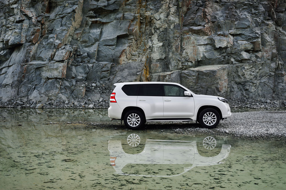 2014 Toyota LandCruiser Prado gets facelifted - Motoring Middle East