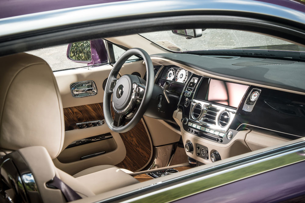 2014 rolls royce wraith review motoring middle east car news reviews and buying. Black Bedroom Furniture Sets. Home Design Ideas
