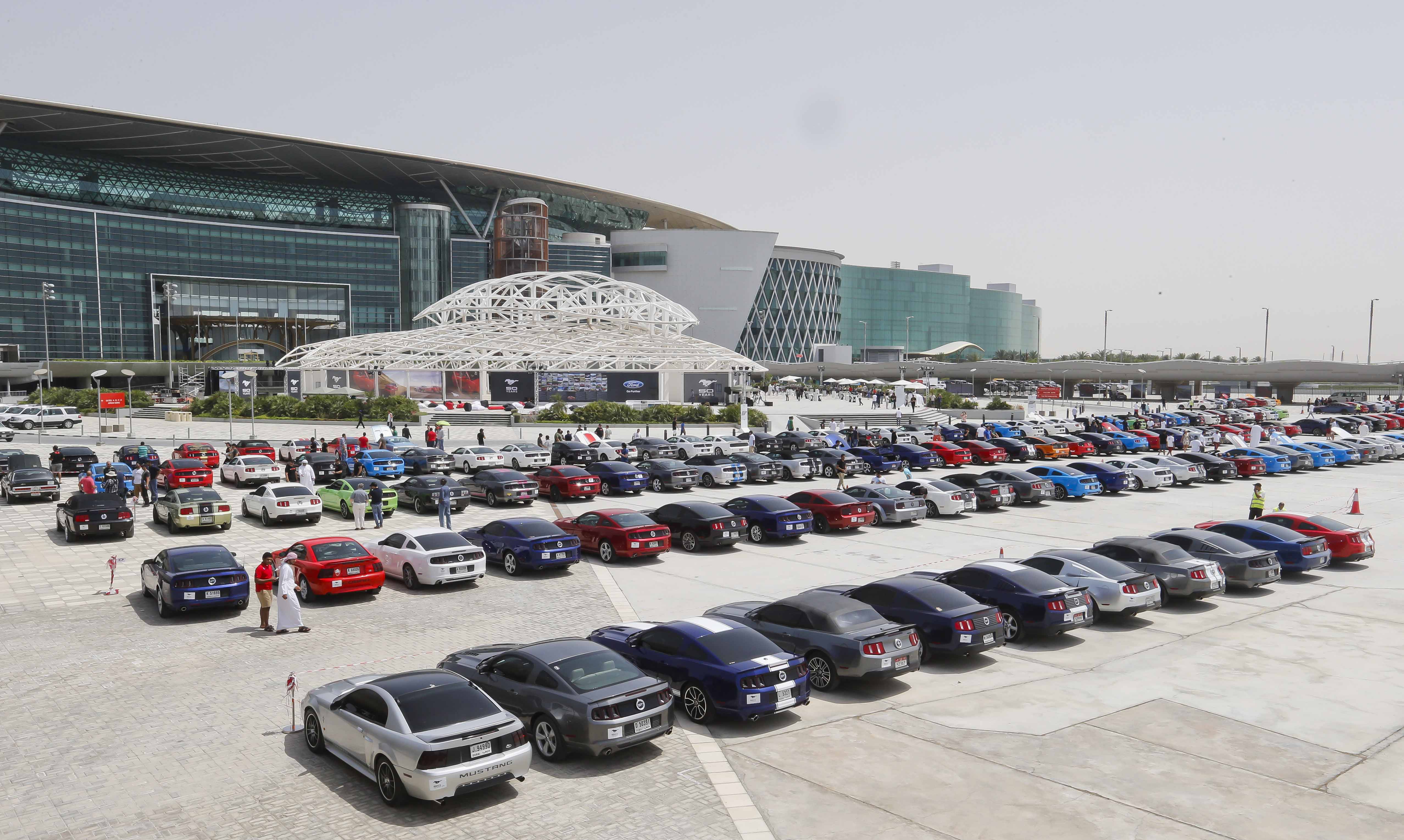 300 Mustang Parade In Dubai To Celebrate Iconic Pony Car S