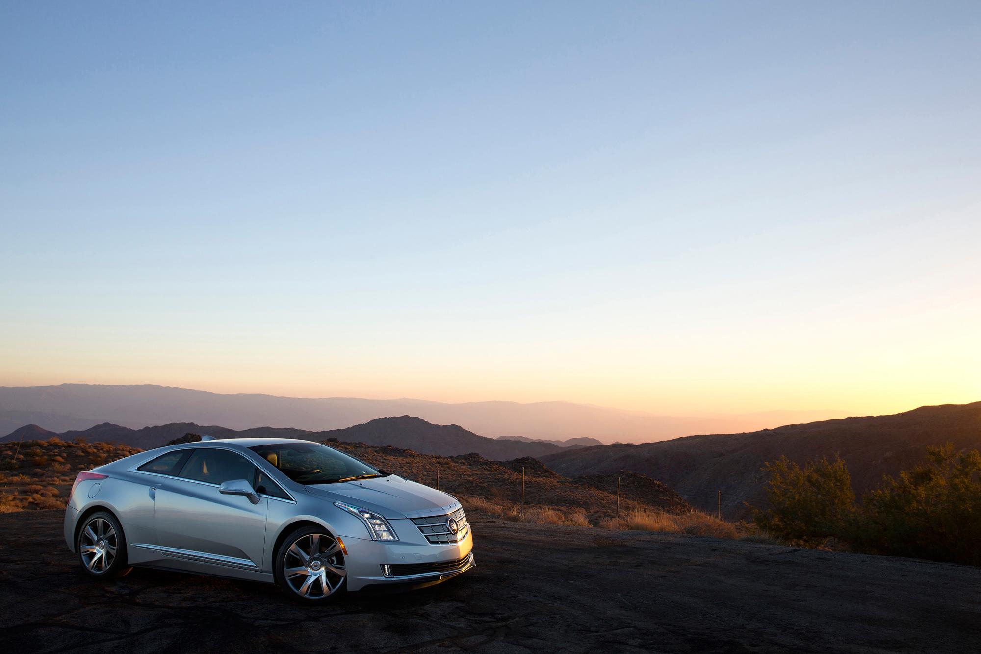 Cadillac ELR range-extender hybrid luxury sports car