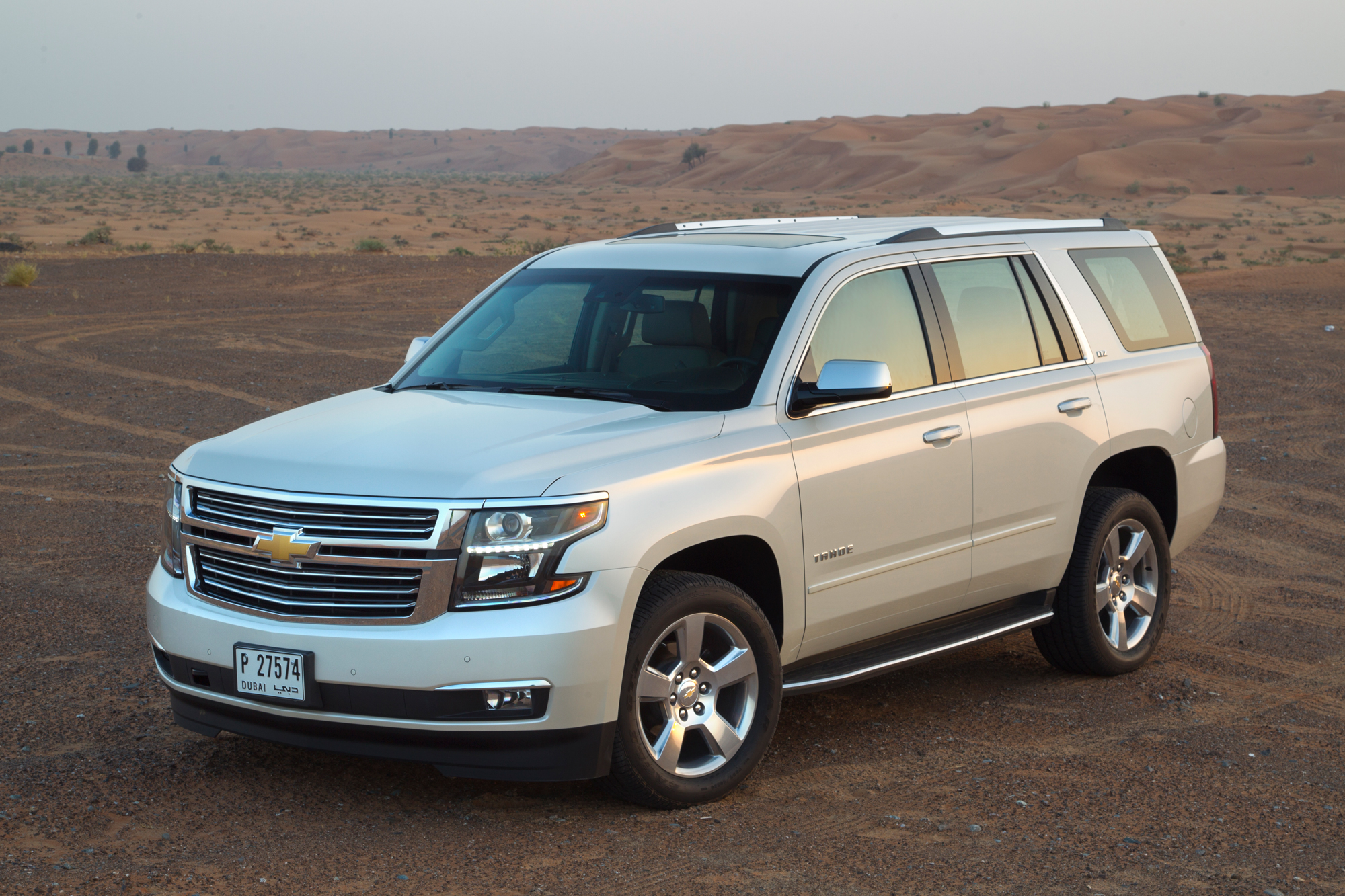 2015 chevrolet tahoe reviewmotoring middle east car news. Black Bedroom Furniture Sets. Home Design Ideas