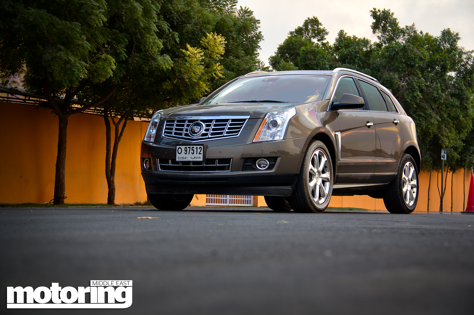 fun with features car srxmotoring news family east srx cadillac middle hdr img