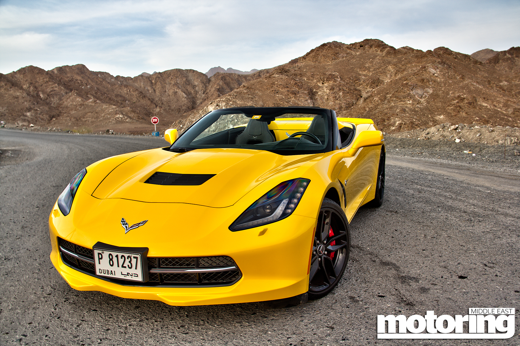 2015 chevrolet corvette stingray convertible reviewmotoring middle east car news reviews and. Black Bedroom Furniture Sets. Home Design Ideas