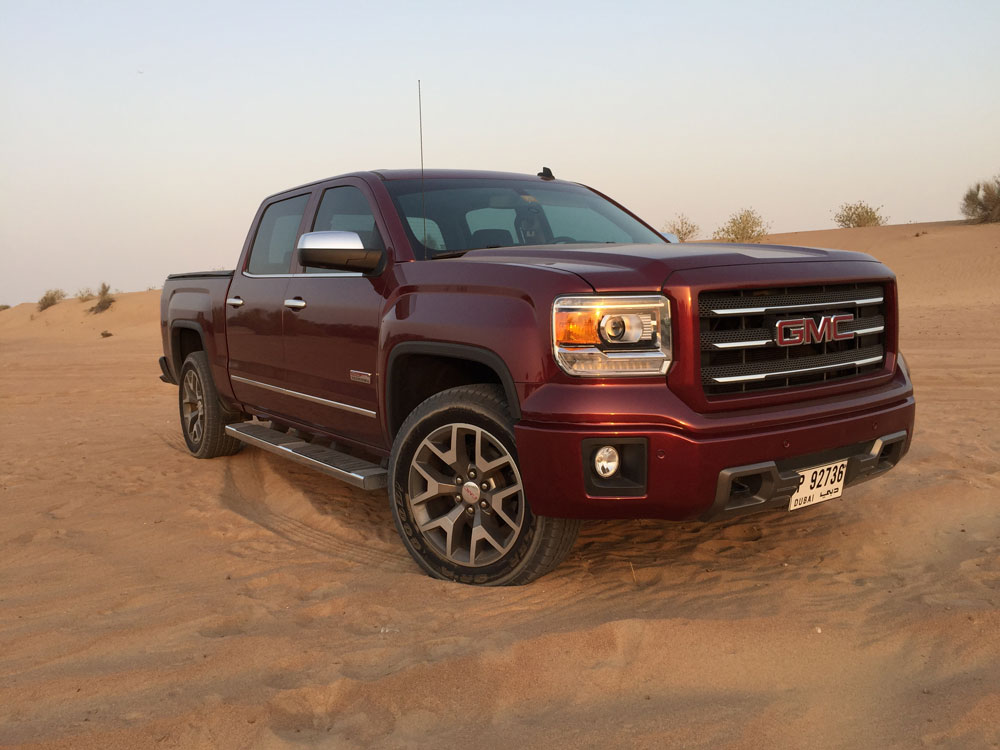 2015 gmc sierra all terrrain 4x4 video reviewmotoring middle east car news reviews and buying. Black Bedroom Furniture Sets. Home Design Ideas