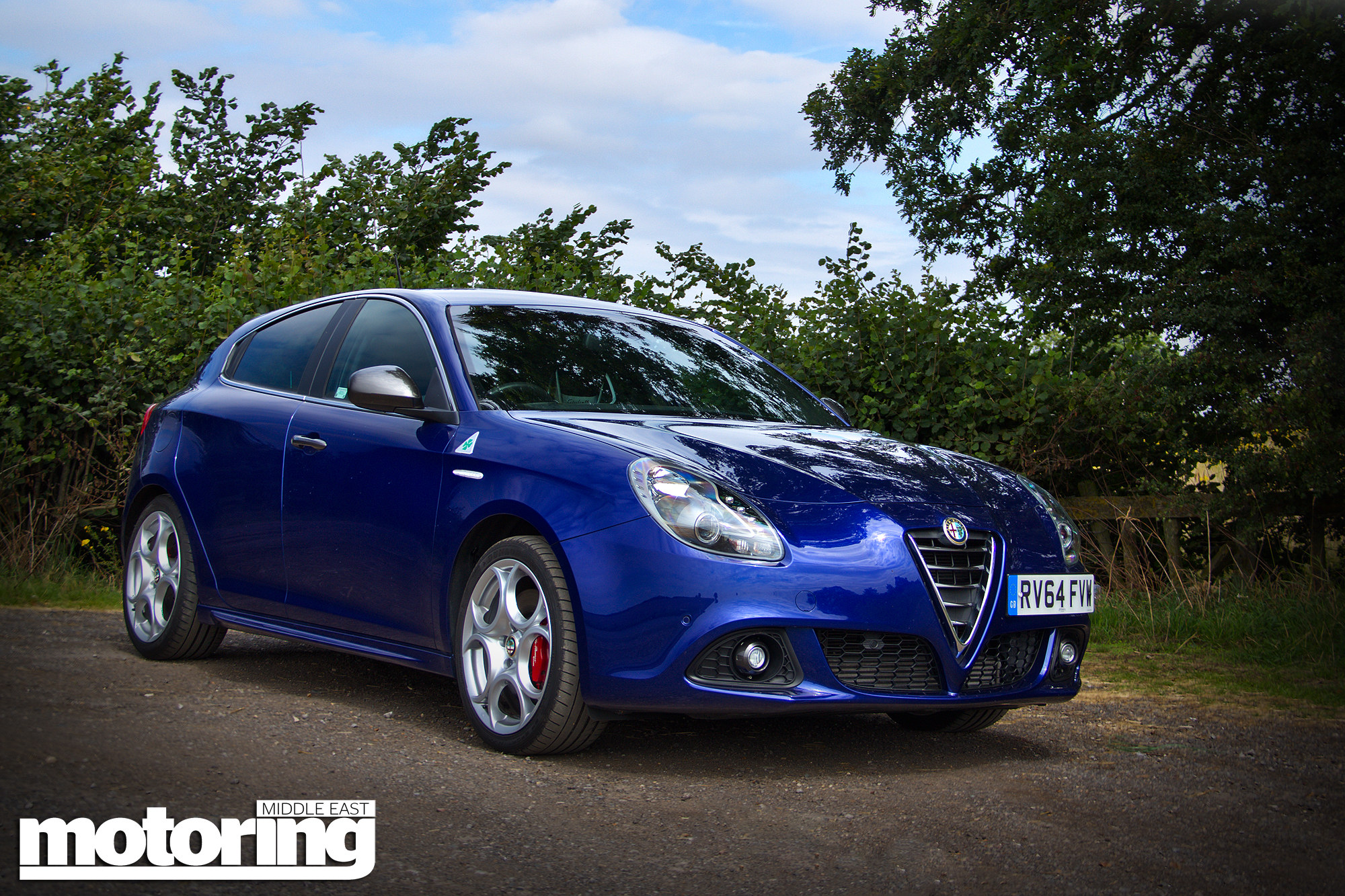 alfa romeo giulietta qv reviewmotoring middle east car. Black Bedroom Furniture Sets. Home Design Ideas