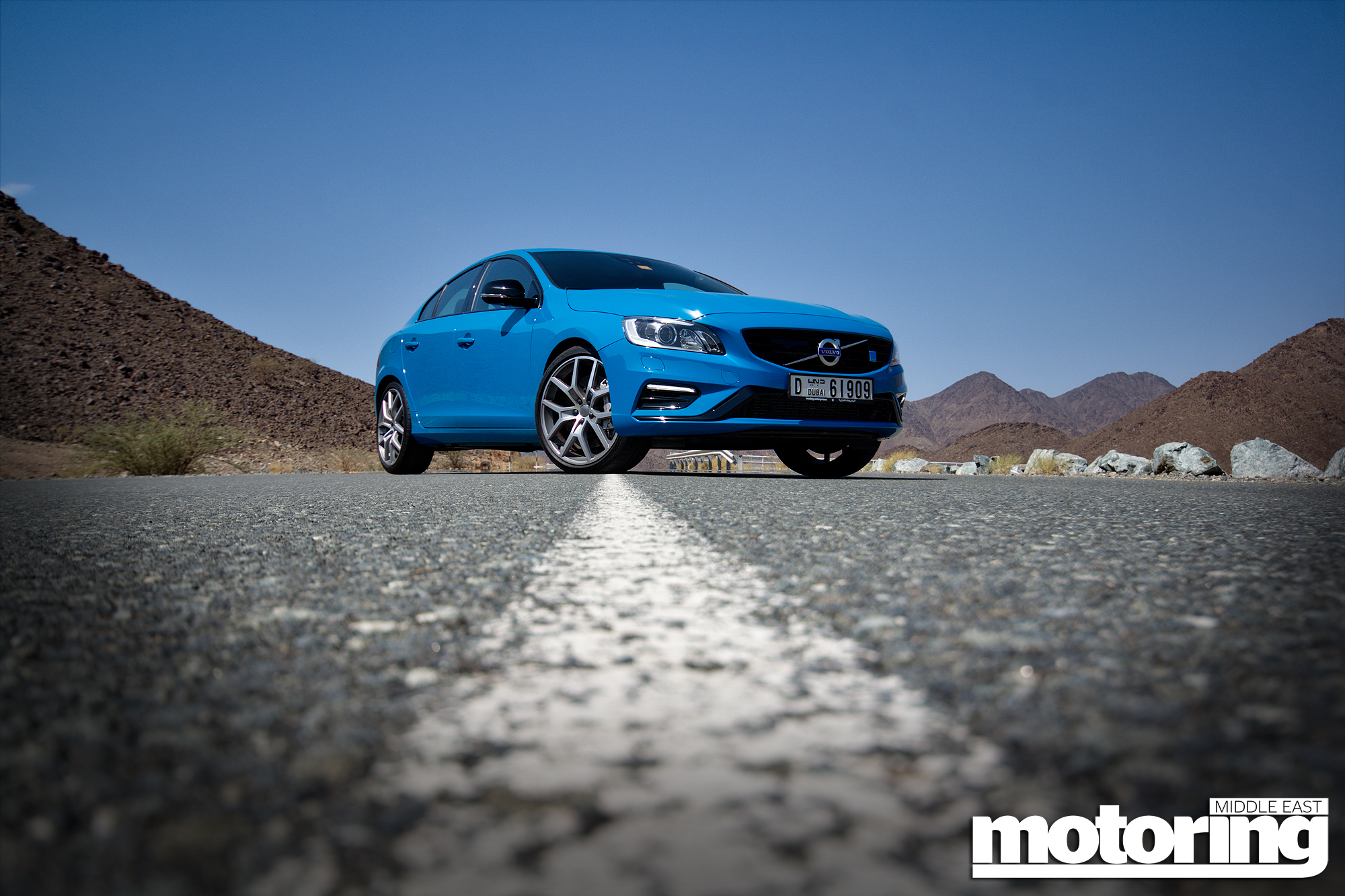 reviews review east car img news hdr reviewmotoring volvo video polestar middle