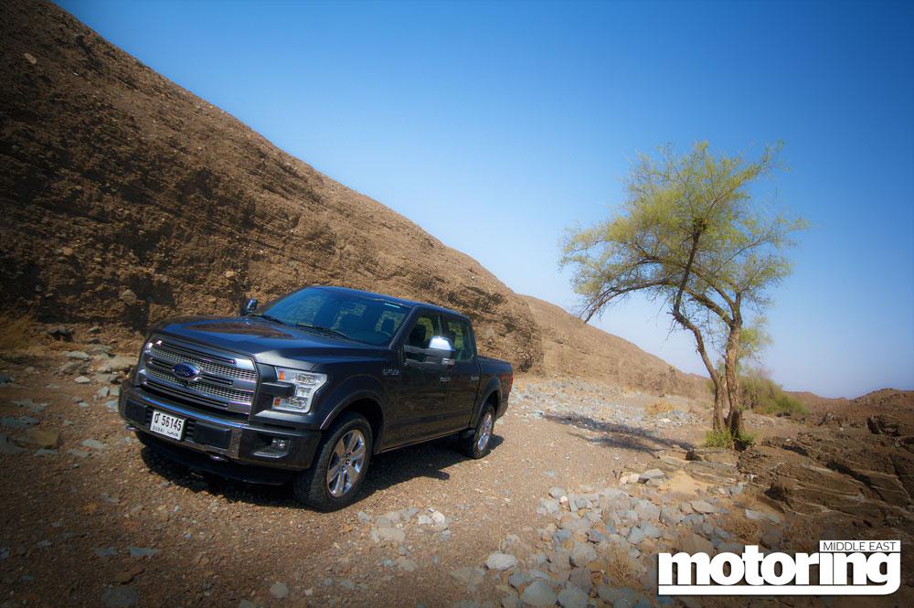 2015 ford f 150 platinum reviewmotoring middle east car. Black Bedroom Furniture Sets. Home Design Ideas